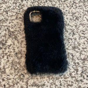 iPhone 11 📱 fuzzy case